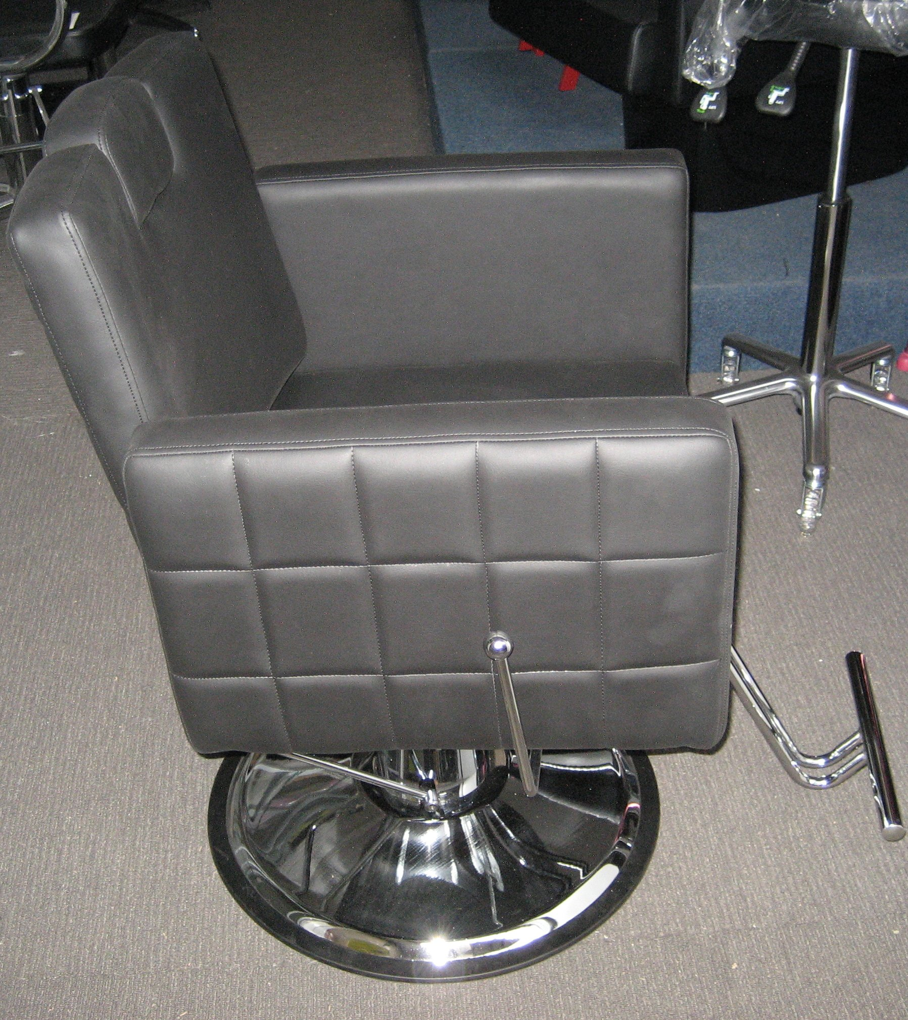 April Reclinable Chair