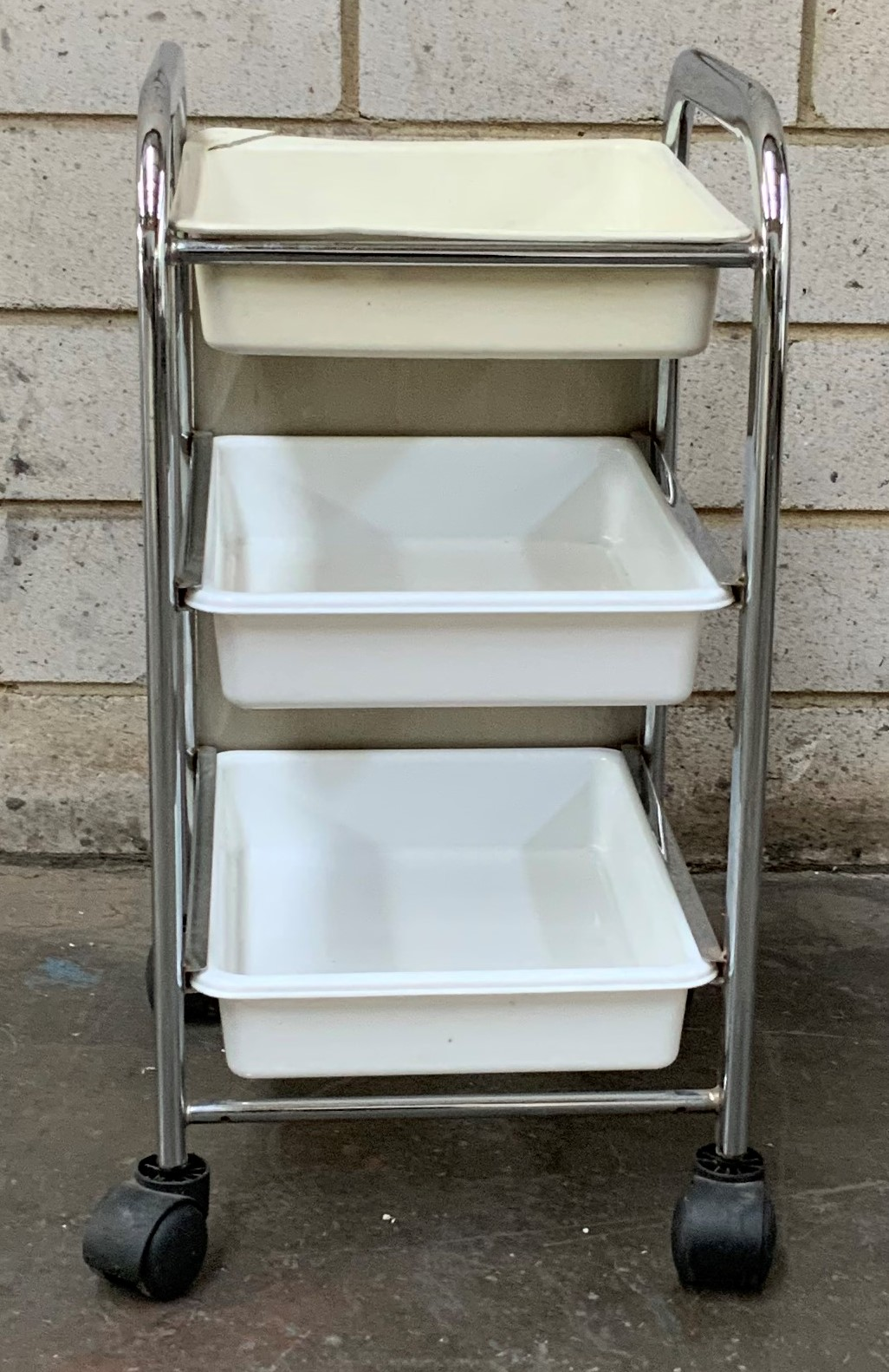 Second Hand Manicure/Pedicure Trolley